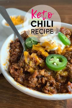 Keto Instant Pot Chili Recipe No Beans Easy Keto Friendly, low carb, beanless chili recipe is perfect for your keto diet menu, Keto meal prep lunches or easy keto dinner recipe. Bean Recipes, Chili Recipes, Low Carb Recipes, Diet Recipes, Healthy Recipes, Delicious Recipes, Recipes Dinner, Dinner Ideas, Beanless Chili Recipe