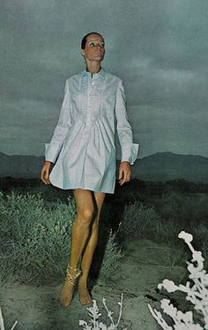 Veruschka by Franco Rubartelli in Texas for American Vogue, March 1968