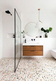 Modern Bathroom Decor, Bathroom Interior Design, Home Interior, Minimal Bathroom, Interior Plants, Scandinavian Bathroom, Modern Bathrooms, Scandinavian Modern Interior, Modern Townhouse Interior