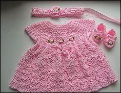 crochet fabric , CROCHET - GANCHILLO - PATRONES - GRAFICOS: VESTIDITO NENA A CROCHET