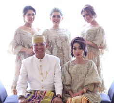 The Serene Baju Bodo by SVARNA by IKAT Indonesia Didiet Maulana - 005 Kebaya Lace, Batik Kebaya, Kebaya Dress, Wedding Couple Cartoon, Kebaya Modern Dress, Dress Brukat, Gown Pictures, Kebaya Muslim, Modern Hijab