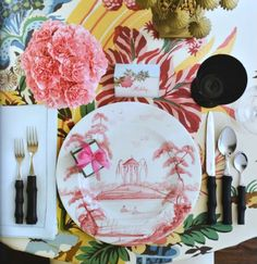 Totally preppy table top, chinoiserie plates, bamboo flatware, Palm Beach inspired linen, crisp white hemstitch linen napkin. Photography by: Edmund Barr #wedding #springwedding #summerwedding