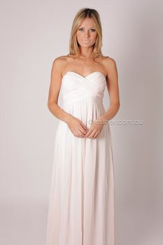 could totally pull this off for a wedding dress...simple yet elegant