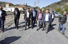 AK Parti Kdz. Ereğli İlçe Başkanı M. Fatih Çakır, İlçede butik hastane yapılması planlanan Gülüç beldesi ile ilçeye bağlı Kırmacı mahallesinde bulunan arazilerde incelemelerde bulundu.