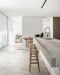 White walls the most used element in minimalist contemporary design. The ideal canvas for textural elements of design. Don't you just love the beauty of white walls? CLICK THE LINK IN THE H Minimalist Kitchen, Minimalist Interior, Minimalist Design, Minimalist Closet, Minimal Kitchen Design, Modern Minimalist House, Minimal Decor, Minimalist Bedroom, Modern Interior Design