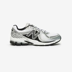 Baskets New Balance 860 disponibles sur girlsonmyfeet.com 🔗 #newbalance #basketsfemme Streetwear Online, Baskets, New Balance Sneakers, New Balance Women, Nike, Street Wear, Shopping, Leather, Shoes