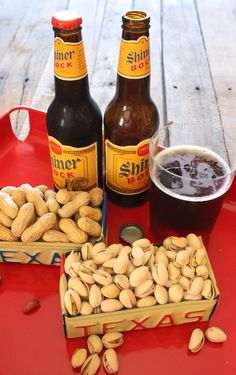 Beer and Nuts Out of Upcycled License Plates (Tutorial included)