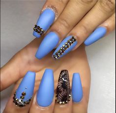 In seek out some nail designs and ideas for your nails? Here's our list of 14 must-try coffin acrylic nails for fashionable women. Sexy Nails, Fancy Nails, Stiletto Nails, Pretty Nails, Coffin Nails, Blue Matte Nails, Burgundy Nails, Nail Swag, Nagel Gel