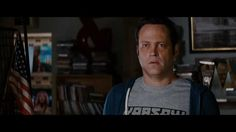 """Today see why fans agree, """"#VinceVaughn delivers"""" in """"the feel good movie of the yea."""" #DeliveryMan Now in Theaters. Get Tickets: http://www.fandango.com/deliveryman_161116/movieoverview"""
