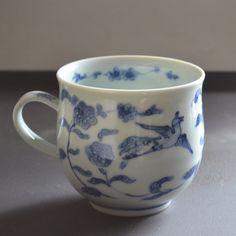 Japanese Mug 鳥唐草 via 宙 SORA
