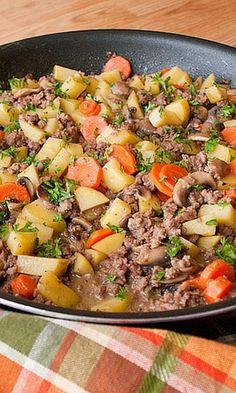 Low FODMAP & Gluten free Recipe - Minced beef & potato stew add more spices Dieta Fodmap, Fodmap Diet, Low Fodmap, Fodmap Foods, Low Carb, Fodmap Recipes, Diet Recipes, Healthy Recipes, Ibs Recipes Dinner