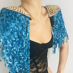 Brand new vibes. Fabulously sparkly gold and pink sequin tassel studded and diamanté trimmed epaulettes. The perfect accessory to get your festival wardrobe off to a flying start. Festival Mode, Festival Outfits, Festival Fashion, Burning Man Fashion, Burning Man Outfits, Rave Costumes, Mardi Gras Costumes, Festival Essentials, Classy Outfits