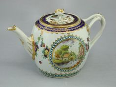 Fine First Period Worcester teapot in the Earl Dalhousie pattern (England) 5.3X8.2 inches wide London dealer asking £2,750  2015