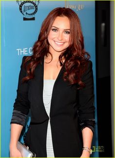 Hayden Panettiere - want this hair color.