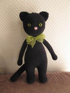 Musta kissa - Huuto.net