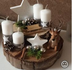 Adventskranz - Happy Christmas - Noel 2020 ideas-Happy New Year-Christmas Christmas Design, Christmas Home, Christmas Wreaths, Christmas Ornaments, Crafty Christmas Gifts, Christmas Crafts, Christmas Table Decorations, Holiday Decor, Diy Crafts To Do