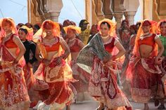 Sarah Palin is in India, getting ready to present her vision for America at the Conclave on Saturday. I would like to share a pictorial of . Sarah Palin, India People, Incredible India, Indian Girls, Dance Costumes, Indian Dresses, Traditional Dresses, Indian Beauty, Fascinator