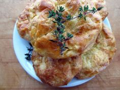 thyme and sharp cheddar gougeres - aka flaky pastries that pair with red wine!