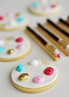 Artist's Palette & Paintbrush Cookies 3 by Sweetapolita, via Flickr