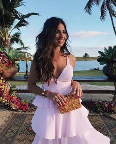 Luiza Sobral vai a casamento de amigos na Barra de São Miguel, Alagoas (Foto: Reprodução Instagram)
