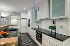 Elegancja na Powiślu - Średnia zamknięta kuchnia w kształcie litery l, styl prowansalski - zdjęcie od EG projekt