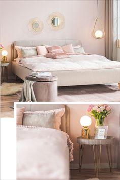 Aber welche Farbe solltest du für deine Wände wählen? Ist es nicht besser, diese weiß zu lassen? Nicht unbedingt! Verschiedene Farben bringen auch verschiedene Stimmungen mit sich. Was im Wohnzimmer passt, gehört nicht unbedingt ins Schlafzimmer oder andersherum. Wie viel Farbe verträgt ein Zuhause überhaupt? Sollte man jede Wand andersfarbig streichen? Bedroom, Living Room, Pillows & Throws, Matching Colors, Paint, Mattress, Ad Home