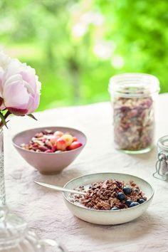 Niomi Smart Vegan Recipes: Her Day In Food | InStyle UK Granola