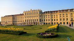 Miru's Blog: călătorii, impresii şi sfaturi Louvre, Europe, Mansions, House Styles, World, Building, Blog, Travel, Mansion Houses