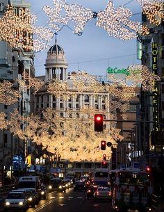 Luces de Navidad en Gran Vía, Madrid, Spain by Turismo Madrid. Places Around The World, The Places Youll Go, Travel Around The World, Places To See, Around The Worlds, Wonderful Places, Great Places, Beautiful Places, Amazing Places