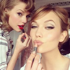 The Supermodel Guide To Selfie Poses #refinery29 http://www.refinery29.com/supermodel-selfie-poses#slide-1 Karlie Kloss: The Boomerang Brow Step one: Purse lips.Step two: Smile wryly, as if all that you behold is beneath you (because it is, sort of).Step three: Arch your brows into perfect, upside-down V's.Making Taylor Swift look plain in comparison: optional.