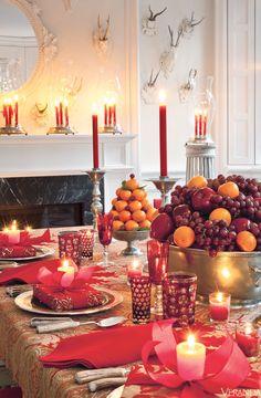 Christmas - Elegant holiday decor ideas by Carolyne Rhoem. Christmas Table Settings, Christmas Tablescapes, Holiday Tables, Christmas Decorations, Holiday Decorating, Thanksgiving Table, Fall Table, Christmas Candles, Decoration Table
