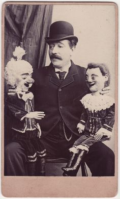 mrsdentonorahippo:    carolathhabsburg:    Ventriloquist and puppets. 1880s