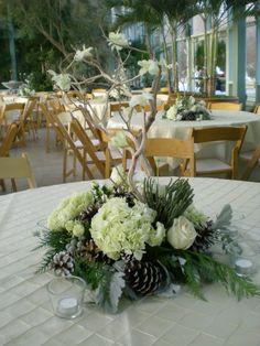 Winter Wedding Table Arrangement