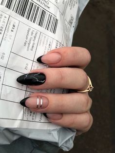 Bling Acrylic Nails, Sparkle Nails, Best Acrylic Nails, Classy Nails, Stylish Nails, Simple Nails, Elegant Nails, Acryl Nails, Almond Nails Designs
