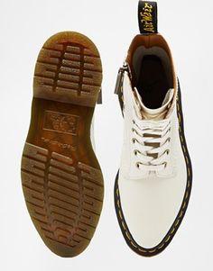 Dr Martens – Core Alix – Weiße Stiefel mit 10-Ösen und Reißverschluss
