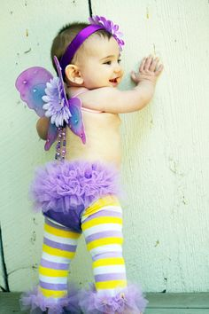 Got the leg warmers and diaper cover for baby's first birthday shoot.  She looks SO cute in it with her fat thighs!