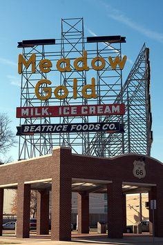 Meadow Gold, Route 66 - Tulsa, Oklahoma