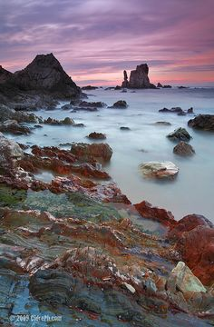 Playa del Silencio Astúrias, Spain More information Tourism Navarra Spain: ☛ ➦ Beautiful Sky, Beautiful Landscapes, Beautiful World, Beautiful Places, Hobby Photography, Nature Photography, Travel Photography, Places Around The World, Travel Around The World