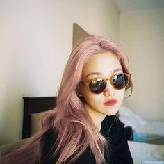 red velvet's yeri Red Velvet イェリ, Red Velvet Seulgi, Neo Soul, Sooyoung, South Korean Girls, Korean Girl Groups, Rapper, Kim Yerim, Peek A Boos