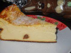 """Yamy mami!"" Retete culinare: PASCA CU BRANZA FARA ALUAT Easter Pie, Cheesecake, Desserts, Food, Tailgate Desserts, Deserts, Cheese Pies, Cheesecakes, Meals"