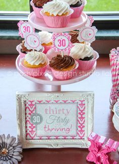 Perfect for a 30th birthday! #30thbirthday #cupcakes