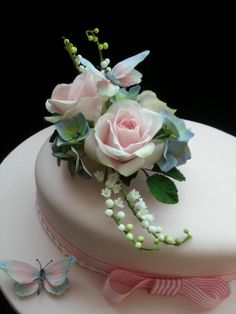 Birthday Cake with Sugar Posie and Butterflys for a dear friend - CakesDecor