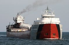 Arthur M Anderson. the last ship to have contact with the Edmund Fitzgerald. and went back out to search for survivors.