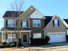 SOLD | $229,900 for this 4BD/2.5BA immaculately kept home in a Simpsonville, SC gated community! Large fenced backyard that backs to vacant land!