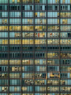 CJWHO ™ (Transparent City by Michael Wolf the focus of...)
