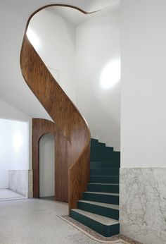 Refurbishment of 3 Historical Buildings / Bovenbouw + Barbara Van Der Wee Architects - Baustil Ideen Timber Staircase, Staircase Design, Staircase Ideas, Spiral Staircases, Interior Architecture, Interior And Exterior, Ancient Architecture, Sustainable Architecture, Interior Design