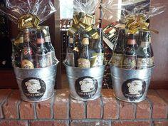 Beer basket idea Fathers Day Baskets, Valentine's Day Gift Baskets, Fundraiser Baskets, Raffle Baskets, Beer Hampers, Beer Basket, Baby Shower Baskets, Christmas Beer, Boyfriend Gift Basket