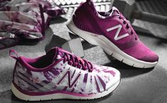 Zulily: 40% off New Balance Footwear  Zulily is holding a sale on footwear and offering 40% off New Balance Footwear. You'll find deals on footwear for men, women, and kids as low as $14.99.  This sale is valid now through Thursday, March 19, 2015.