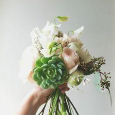 bouquet avec plantes grasses