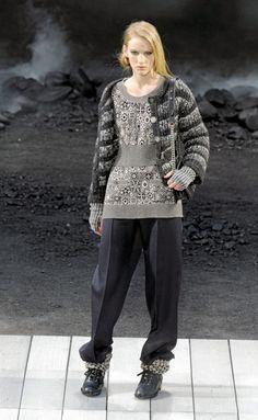 Desfile de Chanel. París. Resumen de las mejores pasarelas de la temporada otoño-invierno con fotos. vídeos, Front Row, StreetStyl 2011- 2012. Otoño-invierno.